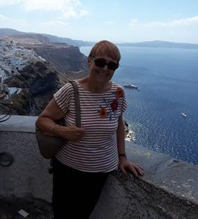 Cancer survivor travels to Greece despite lifelong cancer treatments
